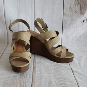 Indigo rd. Brown Wedge Sandals SZ 12